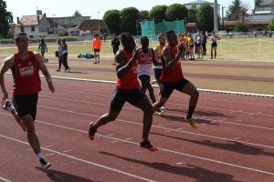 Ali à la bagarre avec les Amiénois en finale du 200m