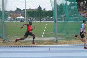 Ali bien parti sur 200m