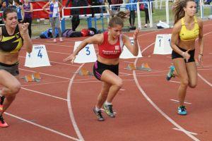 Manon au départ du 100m
