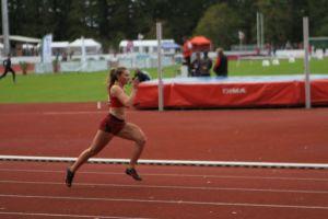 Justine au départ du 400m