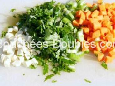 légumes de la sauce de lapin découpes et ciseles - copie