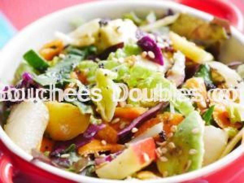 Salade aux saveurs d'agrumes gros plan