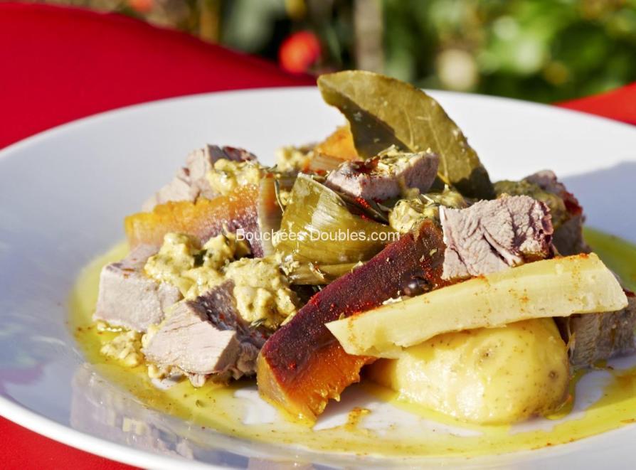 Cliquez ici pour découvrir cette recette de cuisine alcaline délicieuse. Mettez la Thaïlande et la santé dans votre assiette avec ce pot au feu et ses vertus acido-basiques