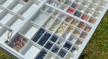 Un tiroir d'imprimeur pour ranger vos perles