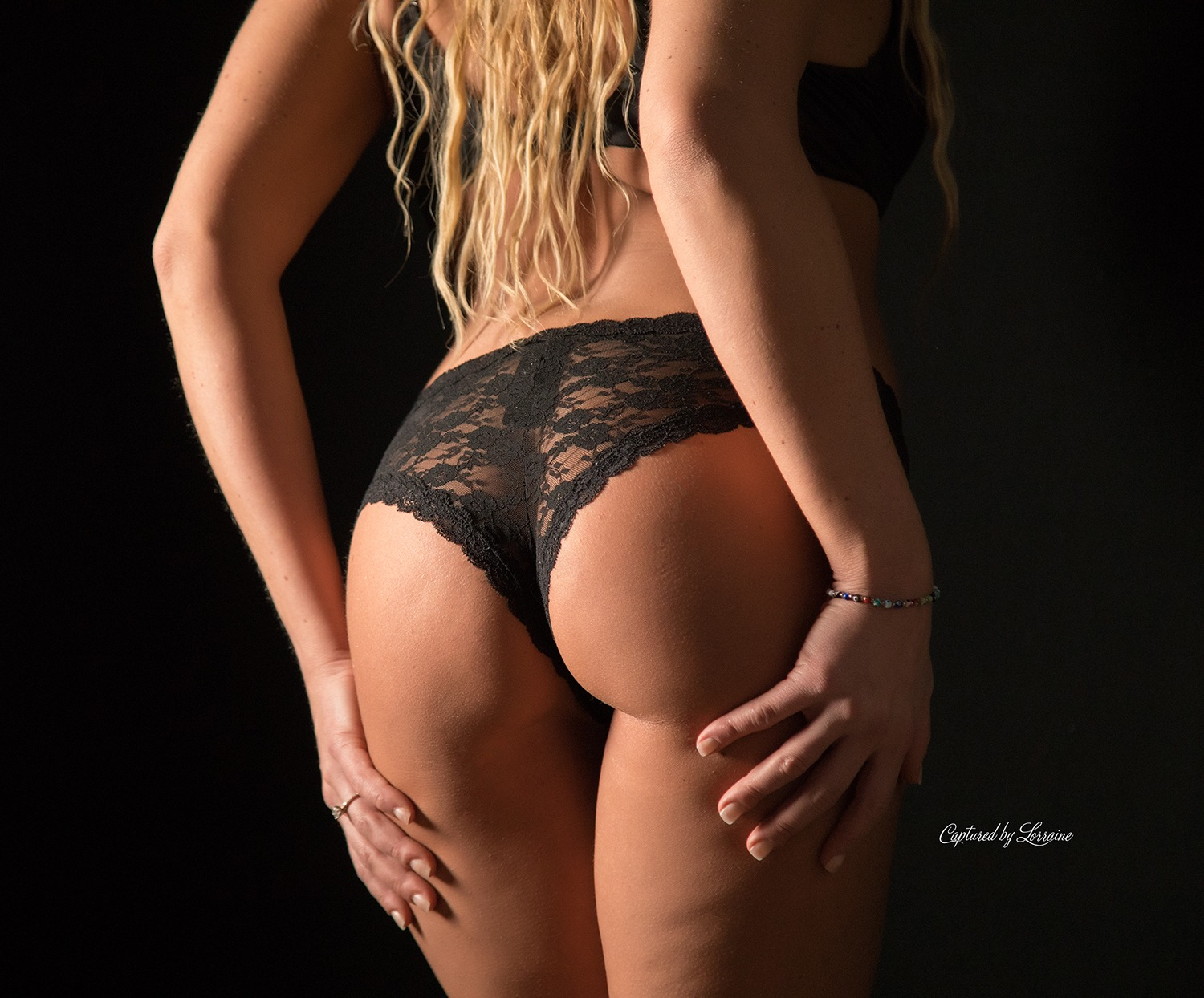 Huntley Il boudoir photographer