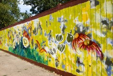 Catherine Pistone's mural for Creative Neighborhoods