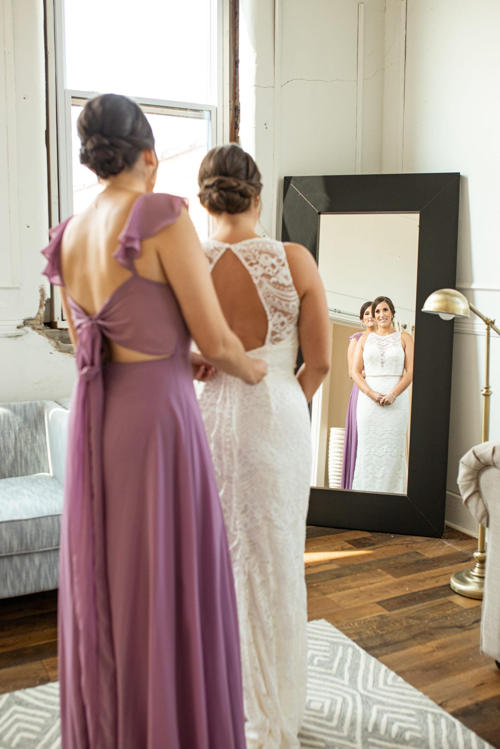 getting ready wedding morning