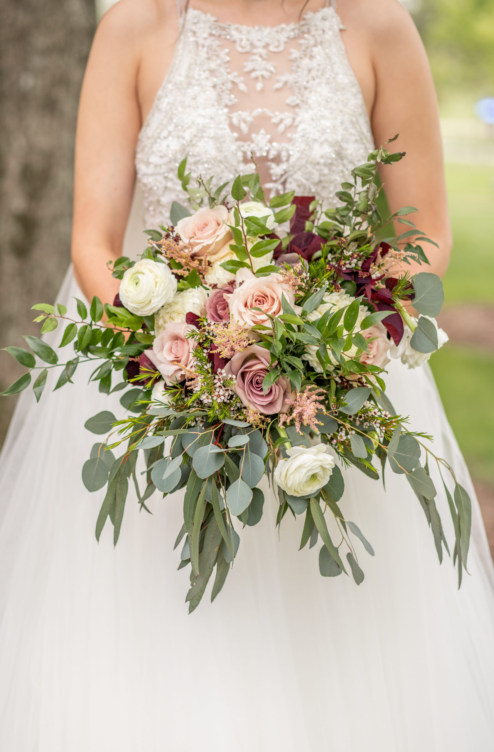 bride's bouquet, bouquet, white roses, greenery, dark purple, light pink, southern illinois photographer