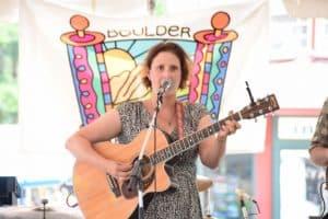 Singer Julie Geller
