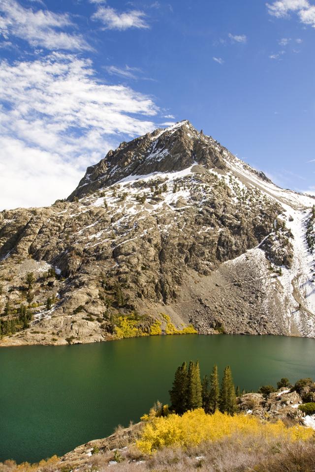 eastern-sierra-agnew-lake
