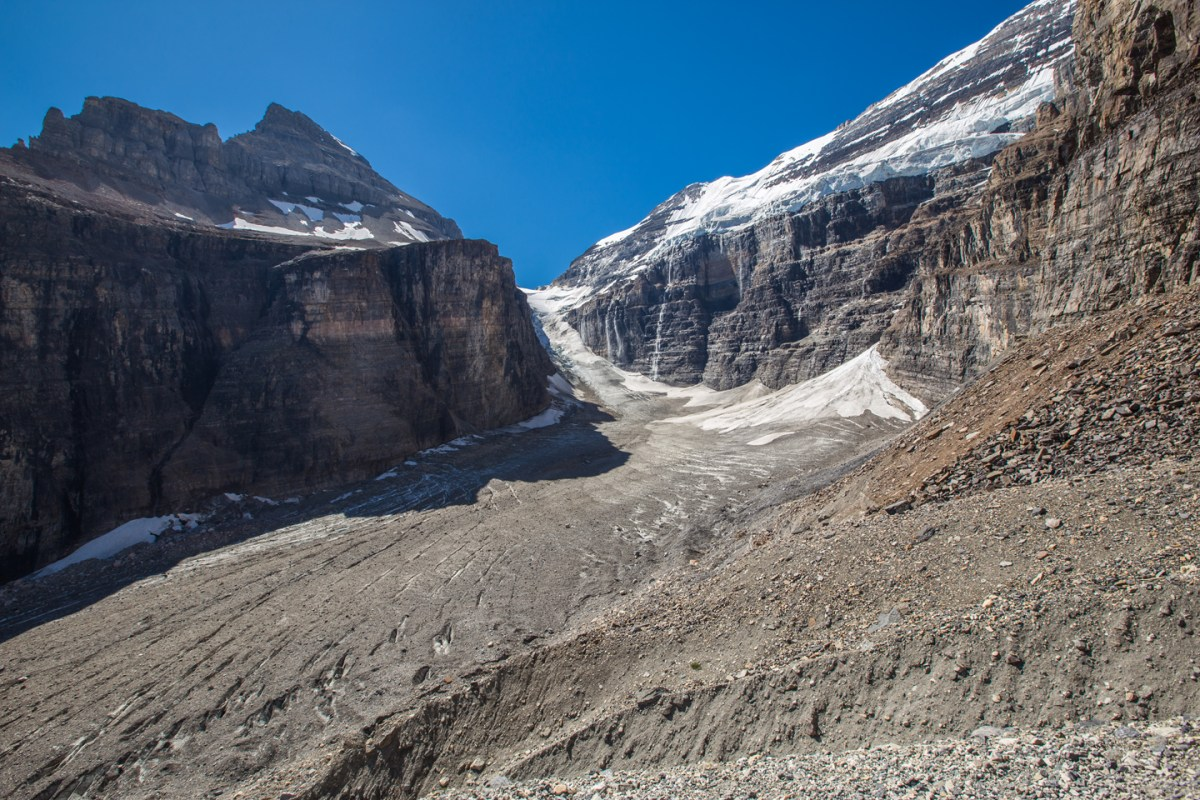 plain-of-six-glaciers