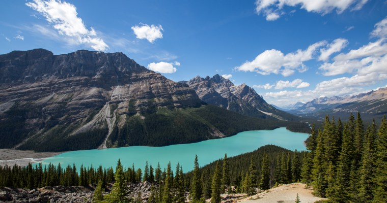 5 Reasons Why Now is the Time to Book Your 2017 Canadian Adventure