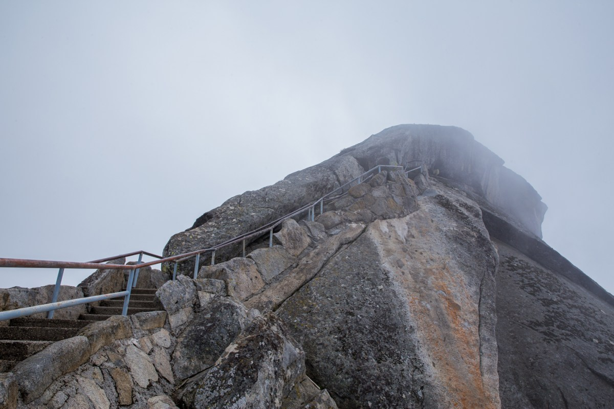 Sequoia-National-Park-Morro-Rock-1