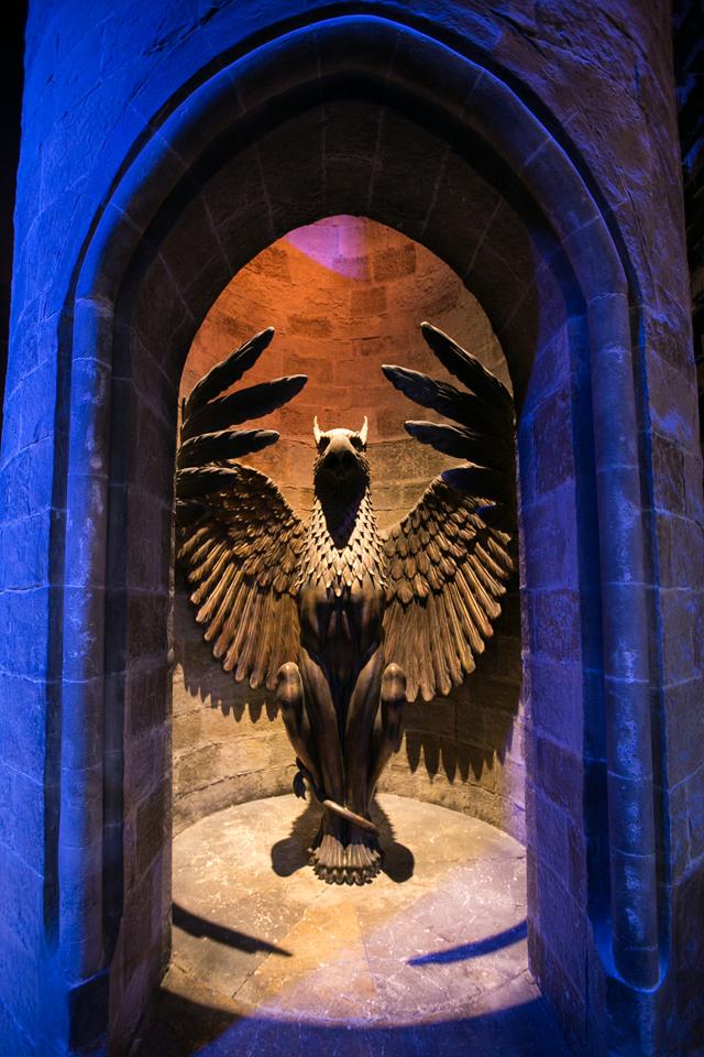 harry-potter-studio-tour-dumbledore-office-entrance