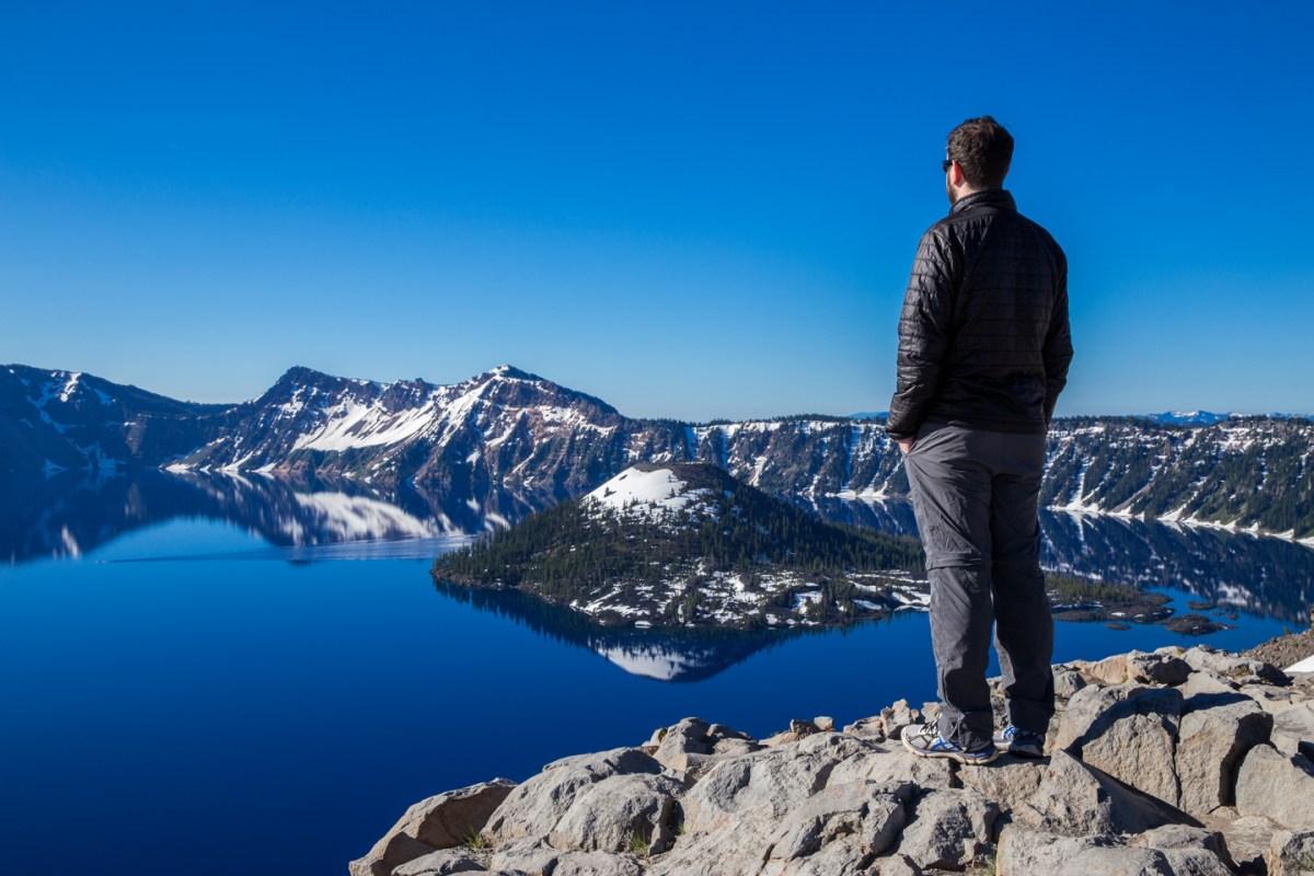 crater-lake-sunrise-wizard-brian