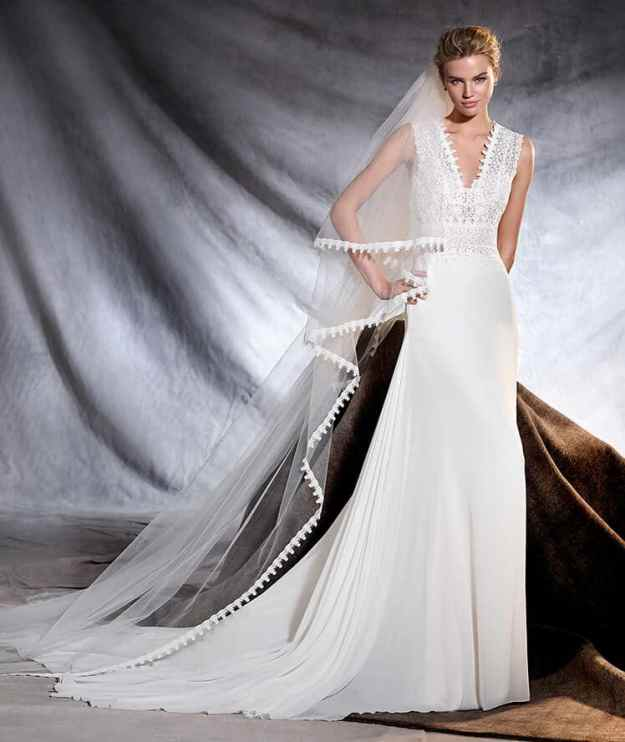 OROBIA - Pronovias 2017 Collection