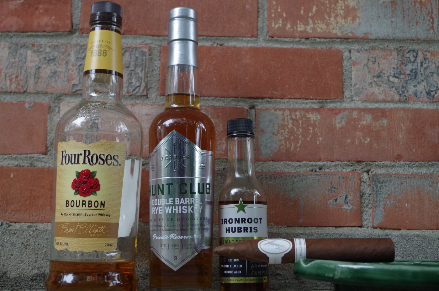 Whiskey And Cigar Pairing: Davidoff Millennium