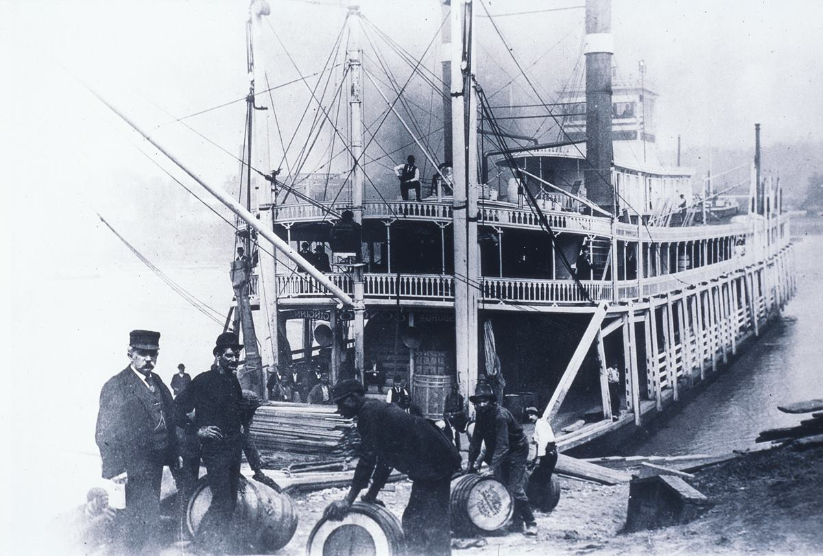 Images Of The Past: Steamboats And Bourbon