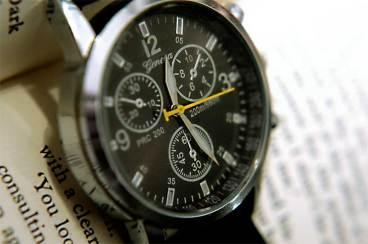 Geneve W5583