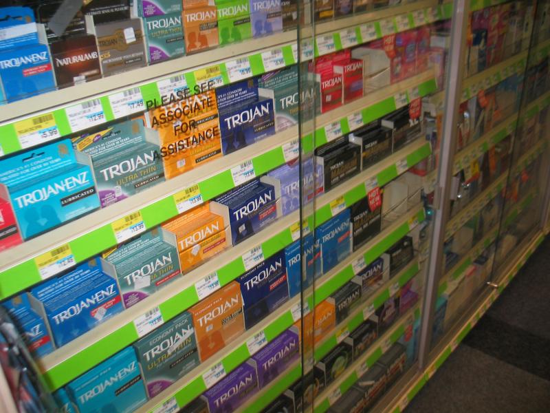 locked-condoms2