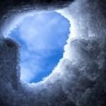 北海道トマムスキー場で雪崩が発生!フランス人8人が巻き込まれ1人が意識不明の重体