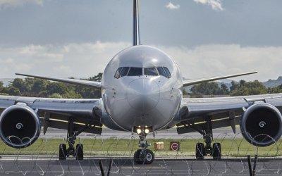 【映像あり】イギリス暴風雨「デニス」被害拡大!飛行機も横に煽られる強さ|名前一覧