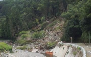 【防災】水害で土砂崩れが起きたらどうすればいい?前兆の現象は?とにかく早めに避難