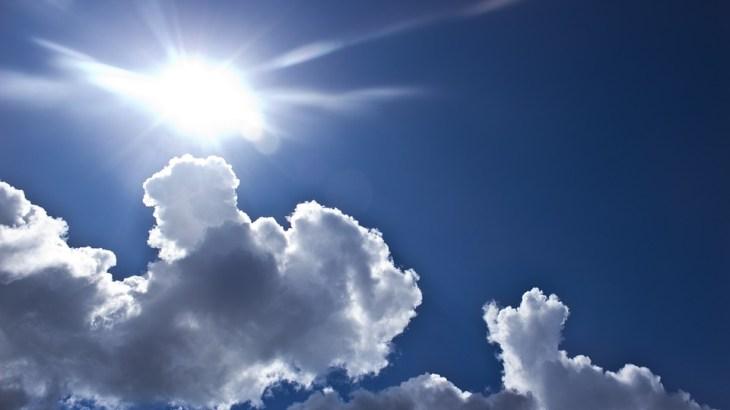 【光くしゃみ反射】太陽光を見るとくしゃみが出るのはなぜ?日本人は4分の1が経験!?