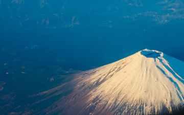 富士山噴火の前兆は5年前に現れる?南海トラフ・相模トラフ地震との関係とは?