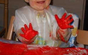 Activité peinture avec bébé