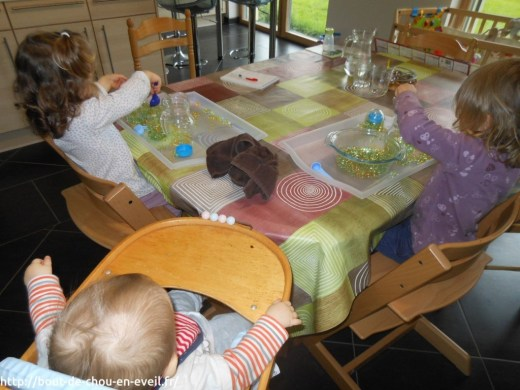Atelier perles d'eau pour les tout petits