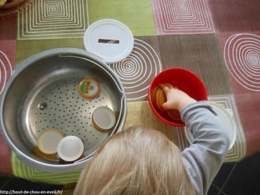 Activité Montessori pour bébé