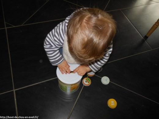 Activité Montessori pour bébé la tirelire