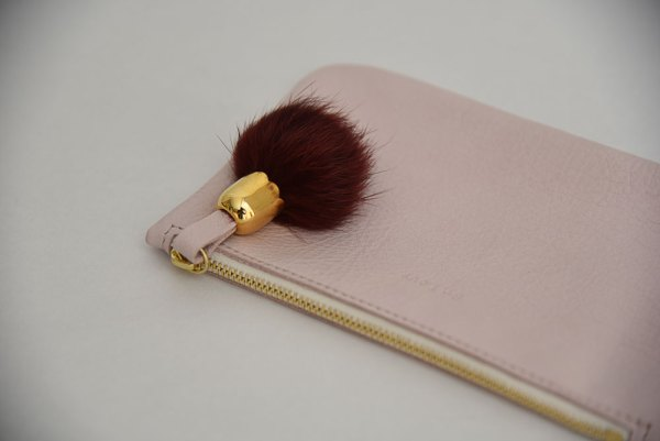 ouvrage-atelier-saint-loup-trousse-make-up-cuir-rose-1