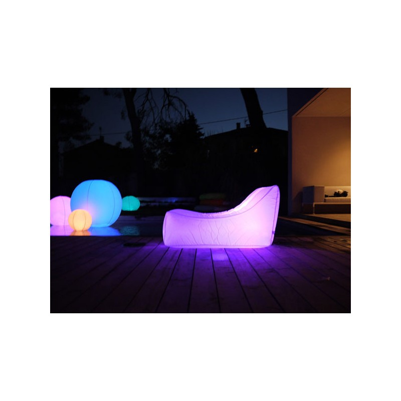 fauteuil gonflable lumineux recouvert