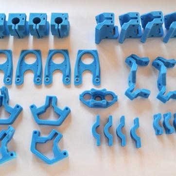 Peças produzidas em impressora 3D RepRap.