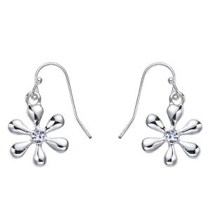 Boucles d'oreilles fleur finition argent