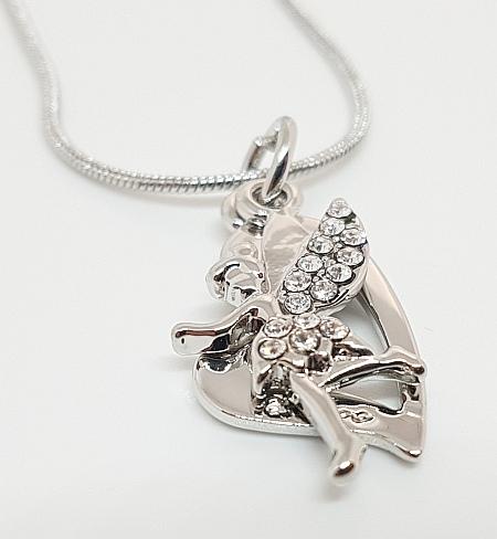 Chaîne argentée avec pendentif collection fée detail