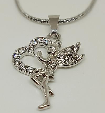 Chaîne argentée pendentif collection fée pour femme detail
