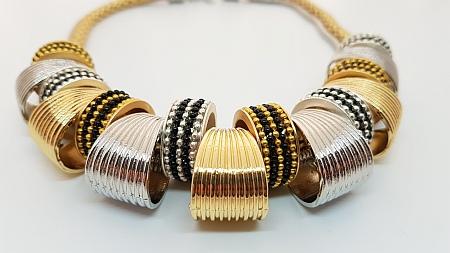 Collier duo argent et doré sur doubles chaines detail