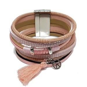 Bracelet multirangs roses pompons et pendants