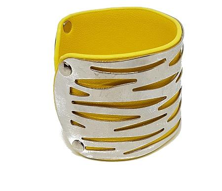 Manchette ajourée simili cuir jaune cote 2