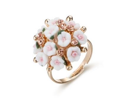 Bague bouquet de fleurs blanc