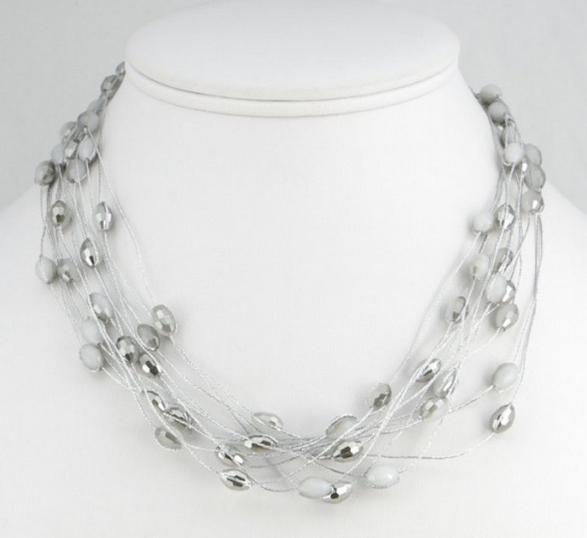 Collier multirangs cristal gris
