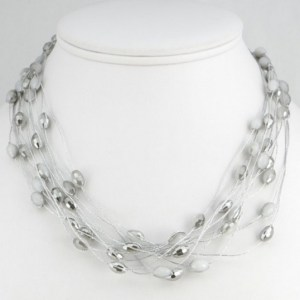 Collier multirangs cristal gris