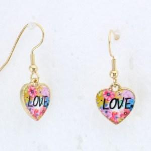 Boucles d'oreilles coeur inscription Love