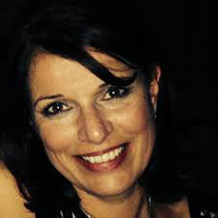 Suzanne Jones, The Travel Bunnny