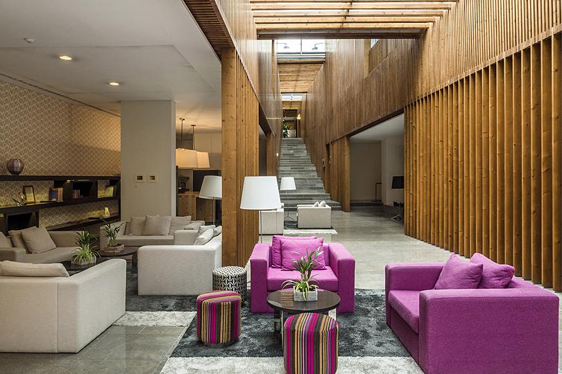 Inspira Santa Marta Hotel lobby - eco-chic city centre hotel
