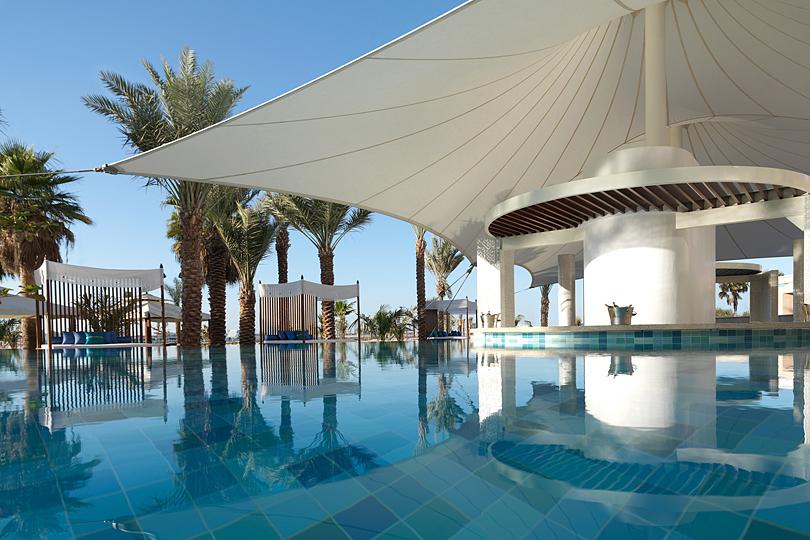 The-Ritz-Carlton-Dubai-La-Baie-Lounge