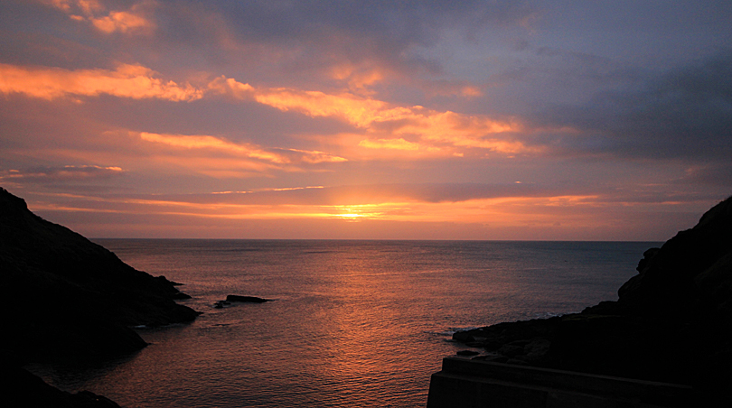 Sunrise at the Lugger Hotel, Cornwall